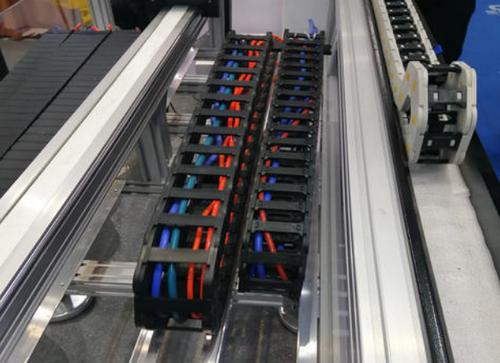 拖链电缆该产品具有哪些方面的优势?